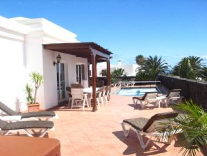 Luxury 4 Bedroom Villa  with Pool - Los Mojones