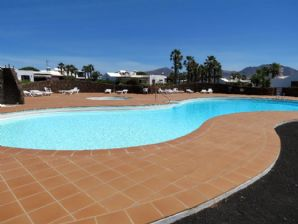 3 bedroom villa with communal pool, Playa Blanca