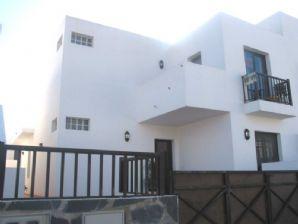 Semi-Detached 3 Bedroom House - San Bartolome