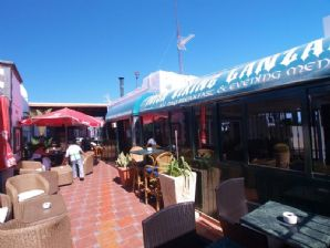 FREEHOLD Bar and Restaurant - Puerto del Carmen