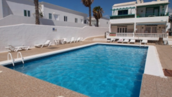 1 bed ground floor apartment with views in Puerto del Carmen for sale.