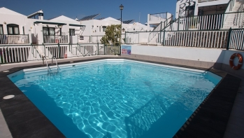 1 bedroom fully furnished apartment, central Puerto del Carmen.