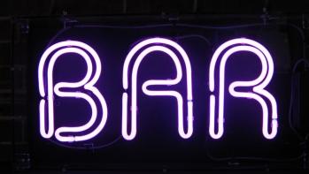 Fully licenced bar for sale in central Puerto del Carmen