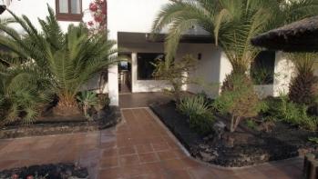 Fantastic 2 Bedroom Apartment hidden in Tropical Gardens, Puerto del Carmen