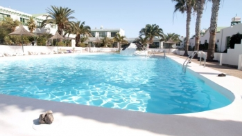 A Lovely 1 Bedroom apartment in a Popular complex in Matagorda