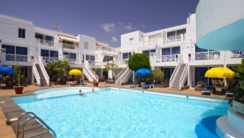 Two bedroom ground floor apartment in Puerto del Carmen