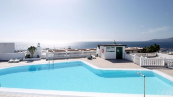 Immaculate 1 bedroom apartment old town Puerto del Carmen