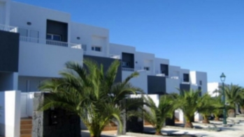 Ideal family 3 bed 2 bath home for sale on a residential complex in Costa Teguise.