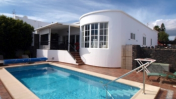 A three Bedroom House with a two Bedroom Apartment in Puerto del Carmen