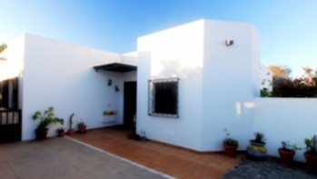 Three bedroom detached house in Costa Teguise, for sale