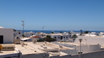 Apartment with 2 bedrooms and sea views for sale, Puerto del Carmen