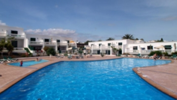 Apartment mit Meer und Bergblick in Puerto del Carmen zu verkaufen