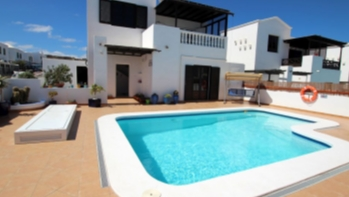 An immaculate three bedroom detached house in Puerto del Carmen