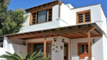4 bedroom 2 bathroom semi-detached house in Puerto Del Carmen