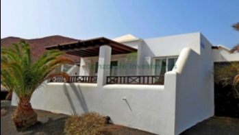 Ideal 2 Bedroom 2 Bathroom holiday home in Playa Blanca