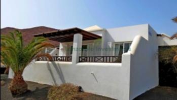 Ideal 2 Bedroom 2 Bathroom holiday home in Playa Blanca