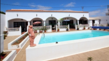 5 Bedroom Detached Villa With Sea Views in Guime