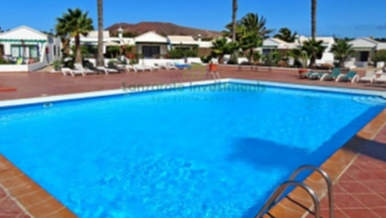 One bedroom Bungalow with Communal Pool in Playa Blanca