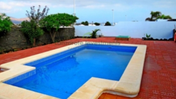 Semi Detached Bungalow With Sea Views in Playa Blanca