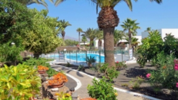 Immaculate 2 Bedroom Semi Detached Villa in Playa Blanca