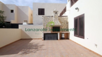 4 Bedroom Duplex in Costa Teguise