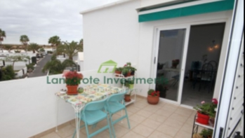 2 Bedroom Apartment with Sea Views in Costa Teguise