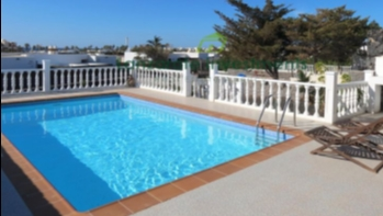 Beautiful Semi-Detached 2 Bedroom Villa in Playa Blanca