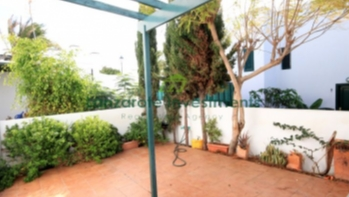 Fantastic south facing 2 bedroom duplex in Costa Teguise