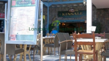 Firmly established family run restaurant for sale in a thriving area of Los Pocillos / Matagorda