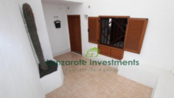 Two Bedroom Apartment for sale in the heart of Puerto del Carmen