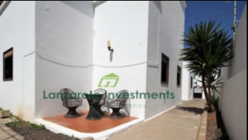Three Bedroom Ground Floor Apartment in Playa Honda