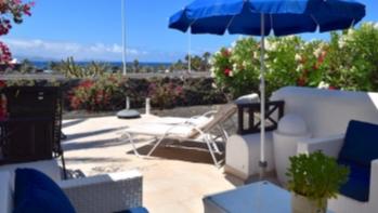 2 Bedroom detached villa in a quiet complex for sale in Playa Blanca