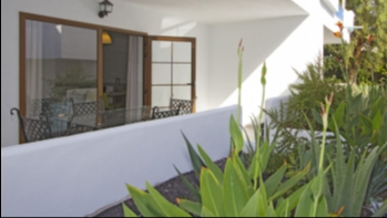 Immaculate 1 Bedroom Apartment Close to the Main Beach in Puerto del Carmen