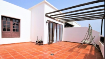 EXCLUSIVE! Penthouse for Sale on a Residential Complex in Costa Teguise