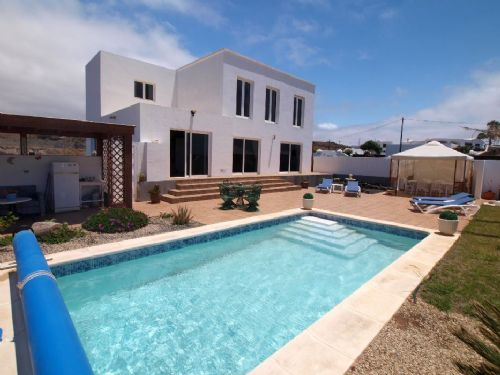 Villa fantastic sea views heated pool macher for Heated pools for sale