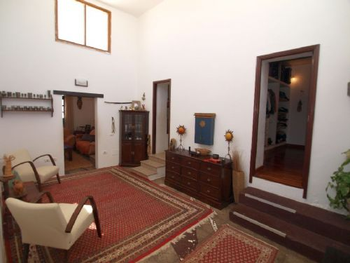 Beautiful 4 bedroom finca in La Asomada for sale