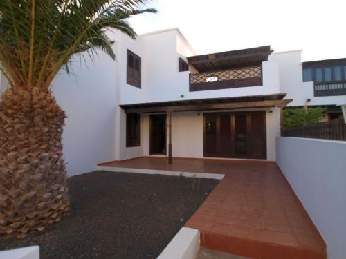 3 bedroom house in Costa Teguise for sale