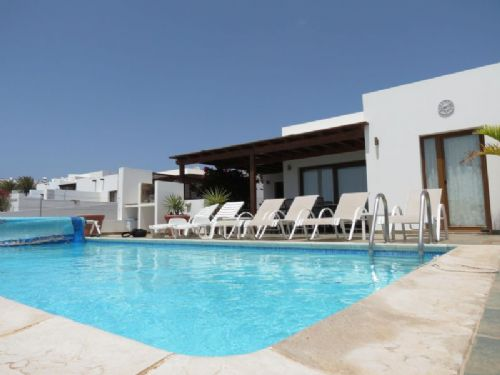 3 Bedroom Villa with Pool and Views - Playa Blanca
