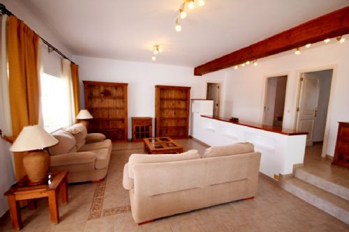 3 bedroom villa in Puerto Calero for sale