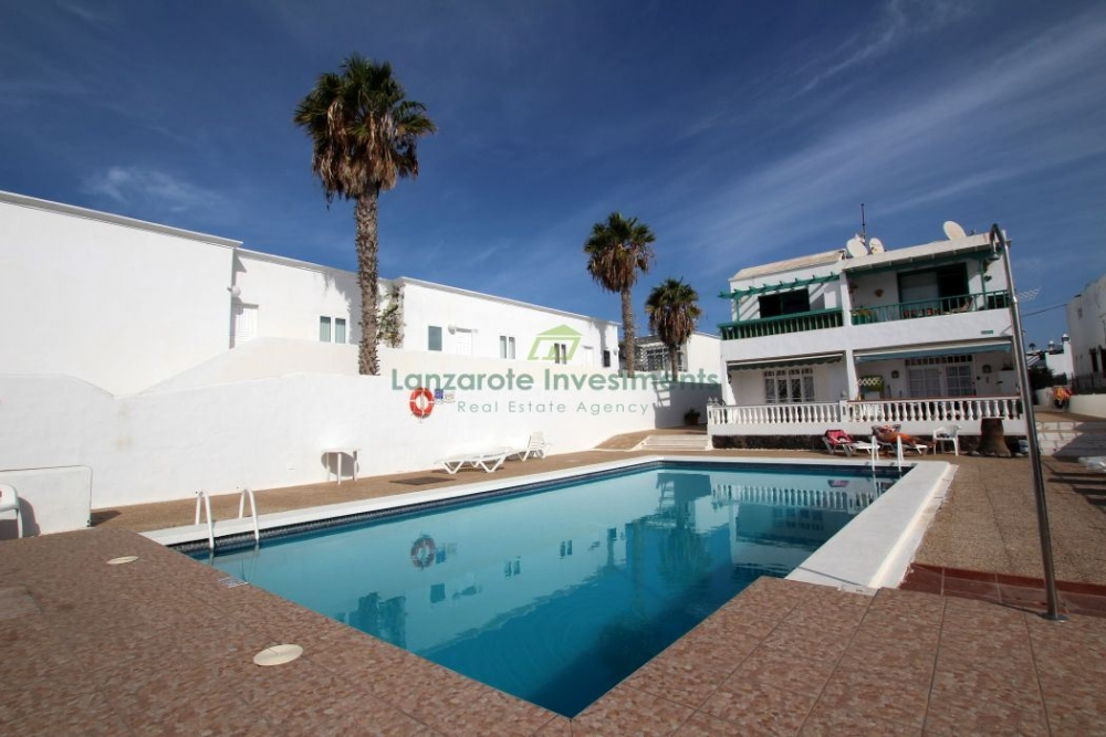 1 Bedroom Apartment With Communal Pool in Puerto del Carmen