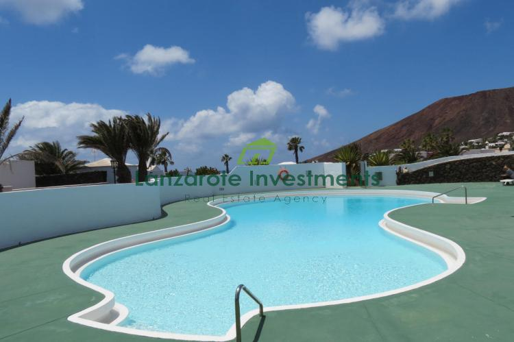 Spacious 5 Bedroom Canarian Villa With Lovely Sea Views and Communal Pool for Sale in Playa Blanca