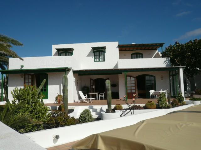 3 Bedroom Villa in Costa Teguise