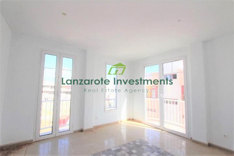 New build - 3 Bedroom First Floor Apartment for Sale in Arrecife