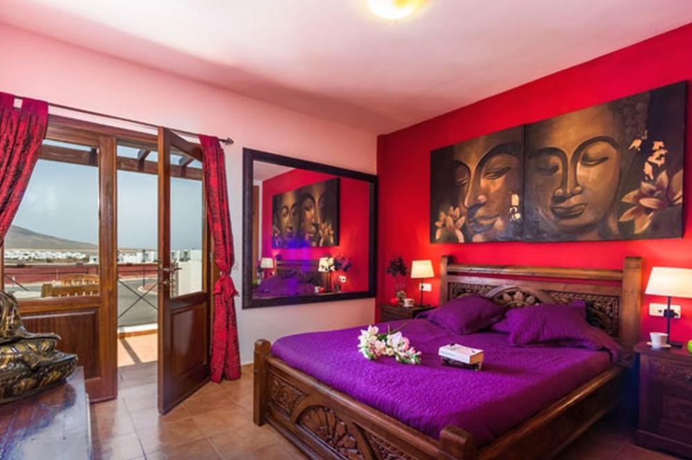 Luxuriöse Zweistöckige Freistehende Villa In Der Marina Rubicon Bereich,  Bietet Einen Herrlichen Meerblick Und Blick Auf Die Berge Aus Dem Oberen ...