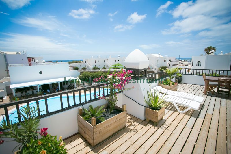 Top Floor Reformed Apartment in Costa Teguise