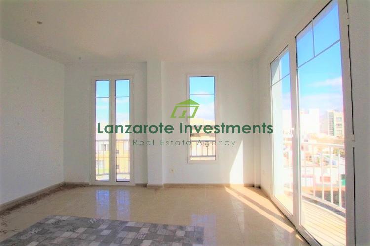 New build - Spacious 3 Bedroom Top Floor Apartment For Sale in Arrecife