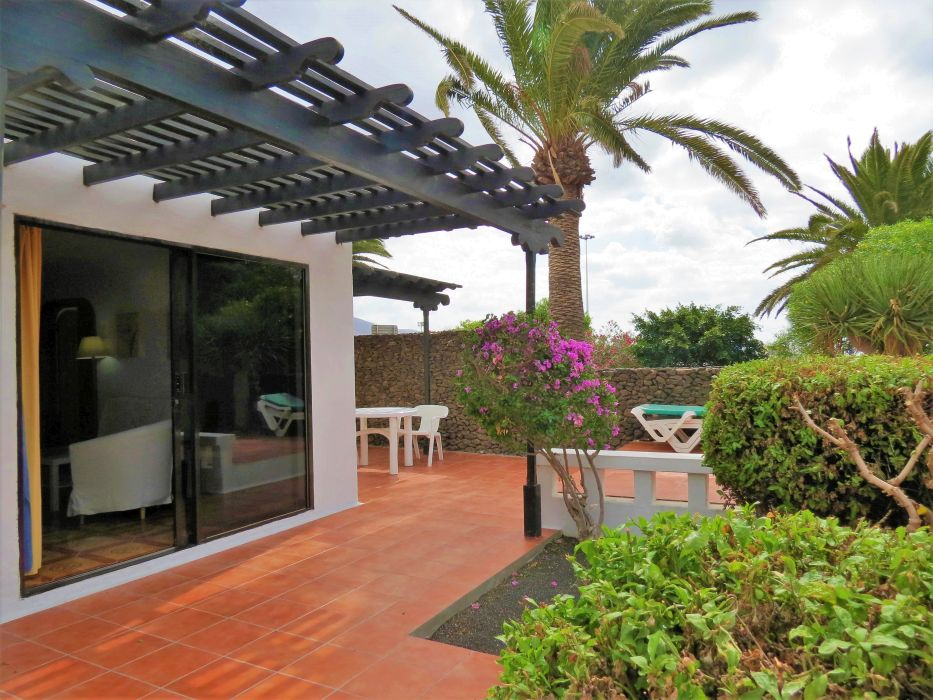 Beautiful 3 Bed Bungalow with communal pool for sale in the heart of Playa Blanca