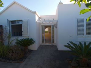 3 bedroom villa in Matagorda for sale