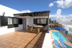 3 bedroom villa with pool in Puerto del Carmen