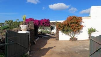 Unique Finca with sea views and builable land for sale – Las Breñas